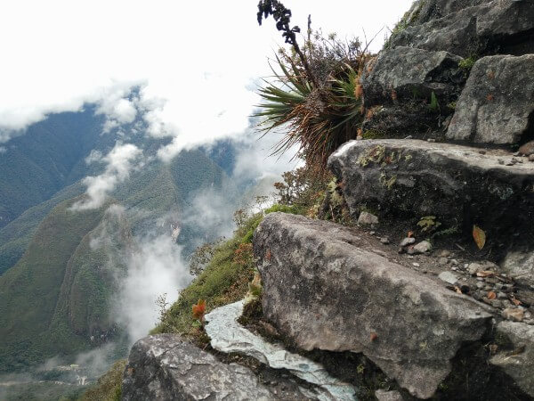The steep steps up the Machu Mountain