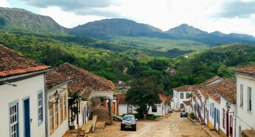 Tiradentes is surrounded by lush mountains
